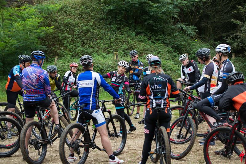 Mountainbike clinic voor bedrijven, teamwork!